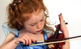 Holding A Violin Properly – Let's Get Started