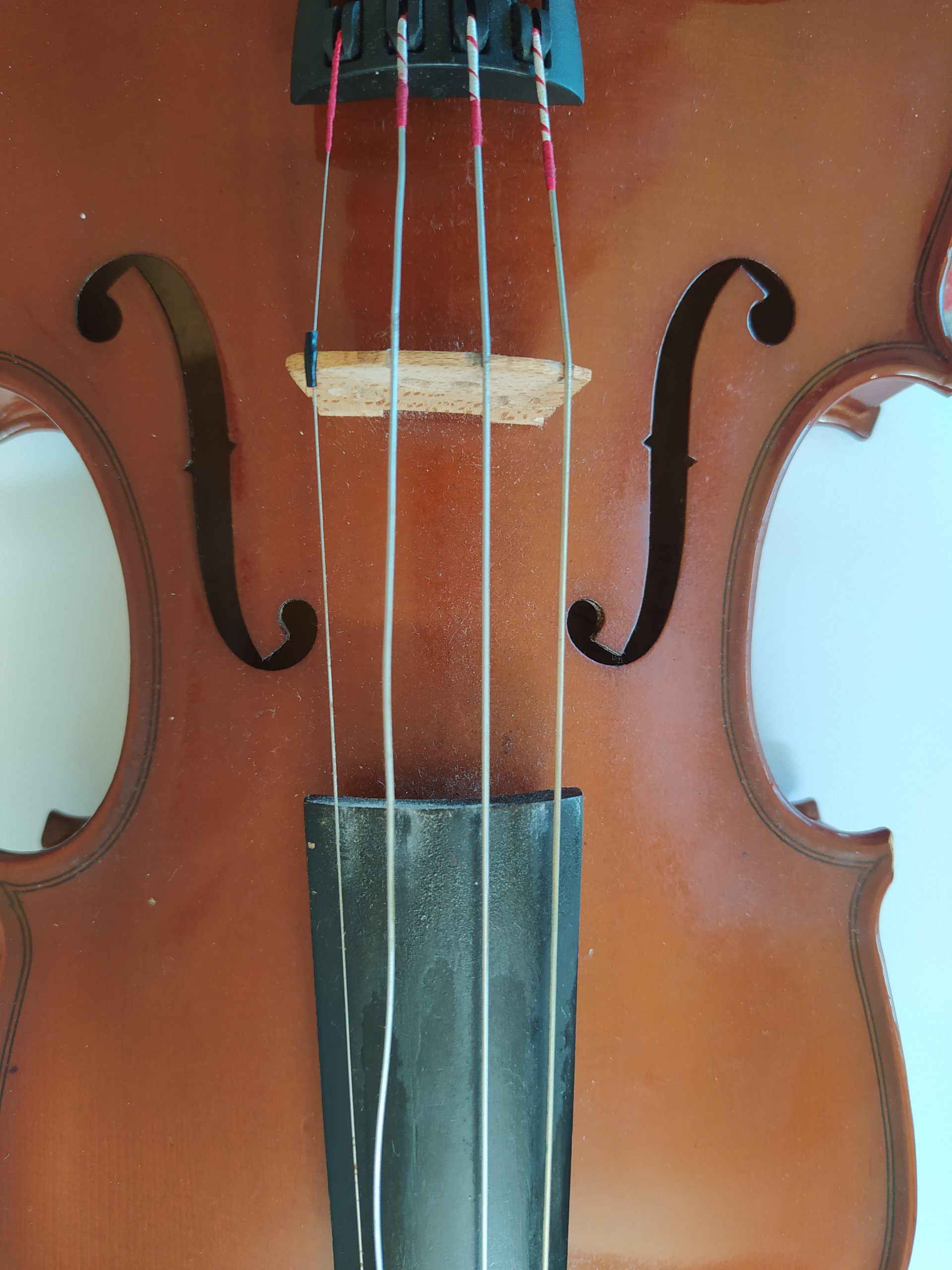 violin string that is loose but may not need to be changed