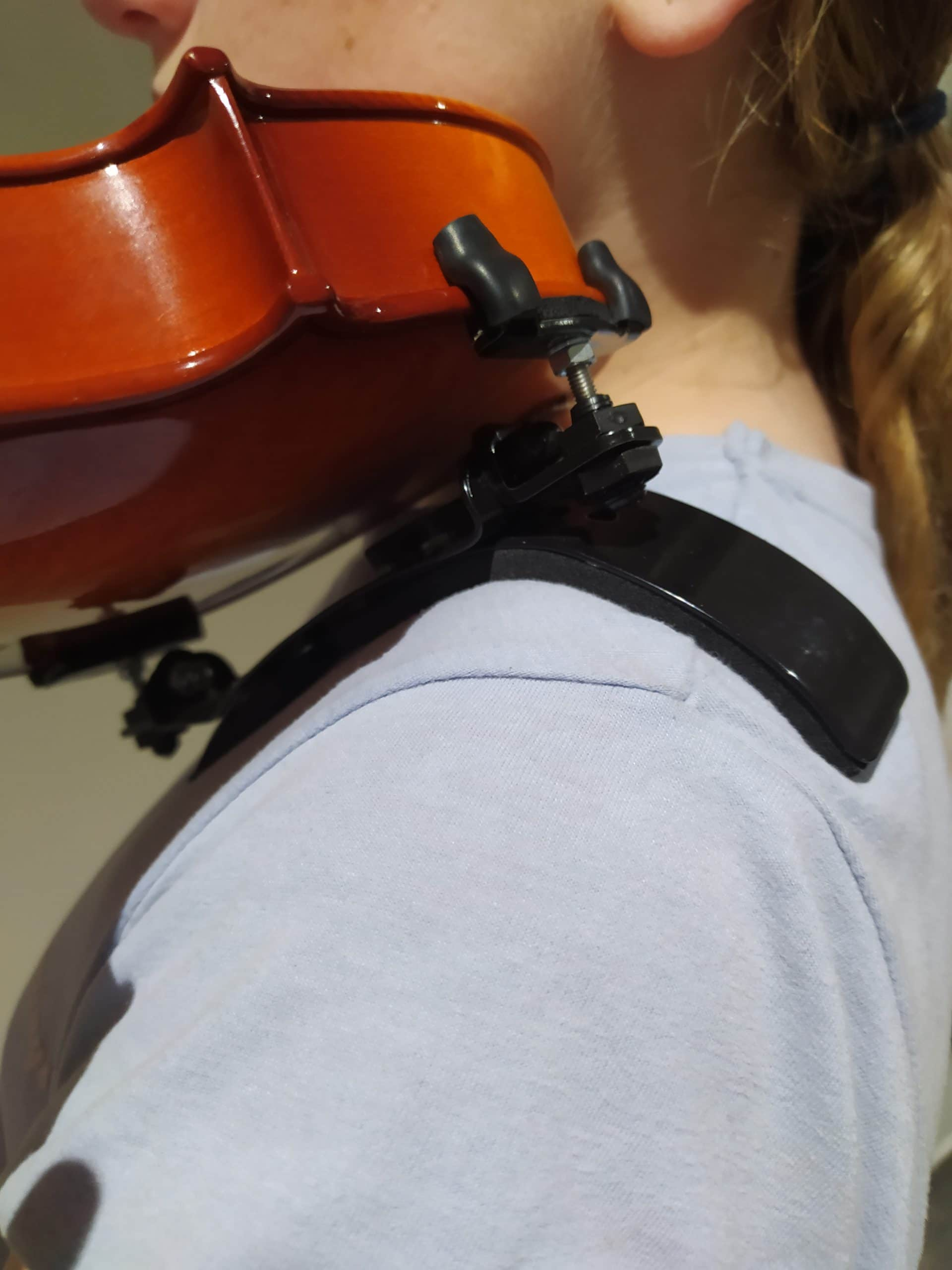supportive shoulder rest